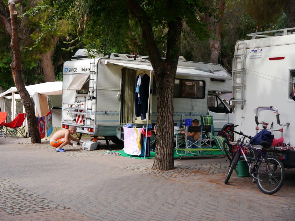 Camping Villaggio dei Fiori Sanremo- parcele