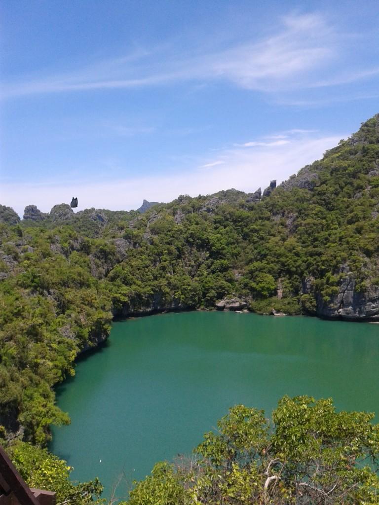 Ang Thong National Marine Park w Tajlandii Turkusowe jeziorko