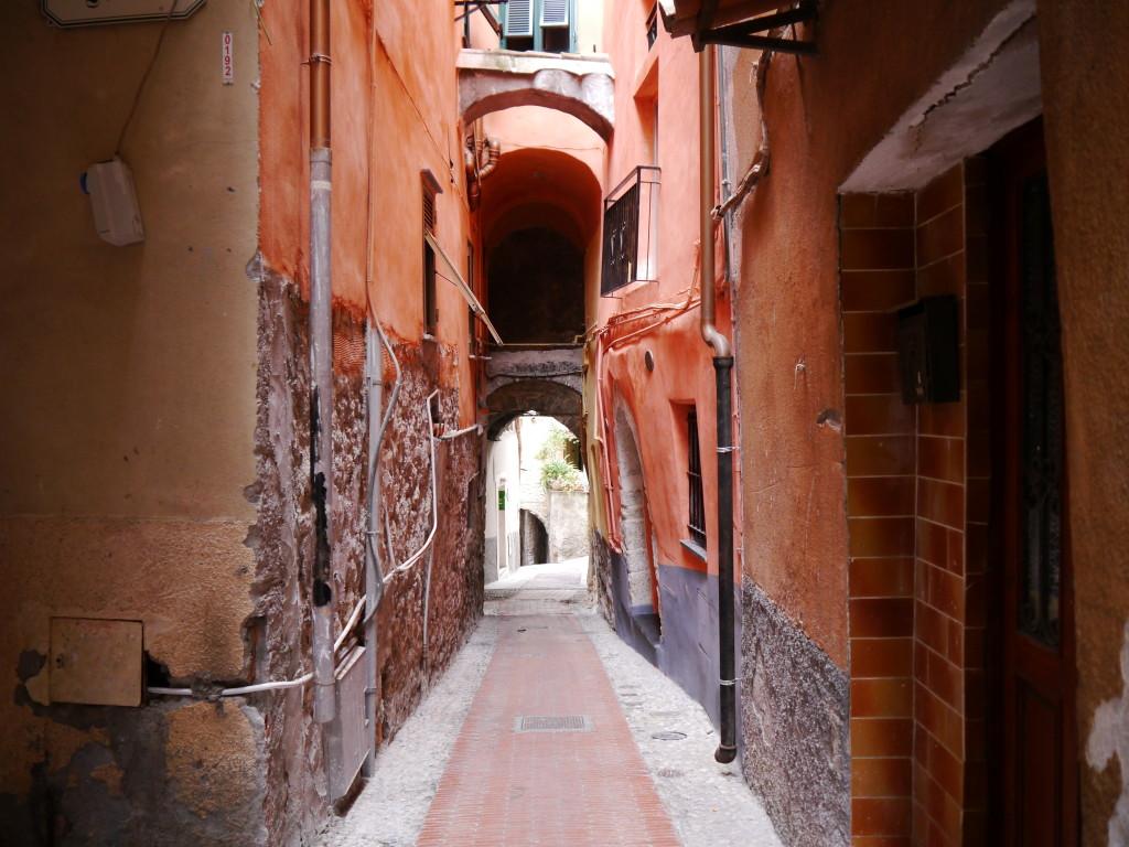 Kolejna uliczka w Ventimiglia