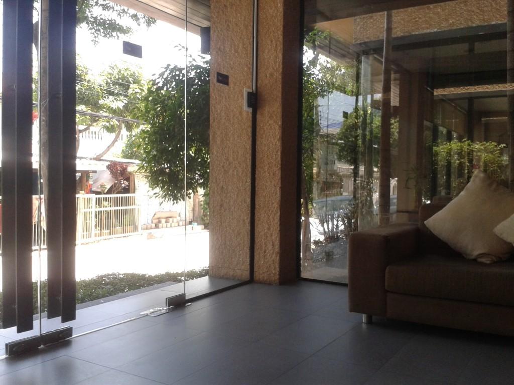 Noclegi w Tajlandii- ceny The Cottage Suvarnabhumi Bangkok