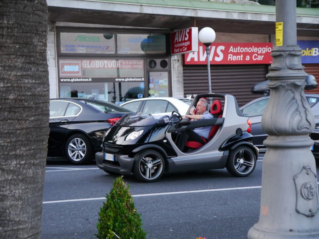 No chyba, że macie takie auto, takim to się wszędzie zaparkuje ;)