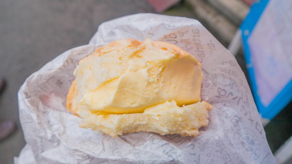 Asakusa Tokio Japonia - Nakamise-dori melon pan